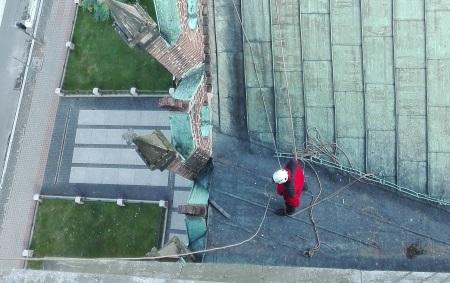 Malowanie dachu - z firmą, czy samodzielnie?